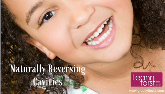 Naturally Reversing Cavities