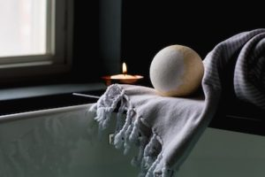 DIY Bath Bomb with Essential Oils   GroovyBeets.com
