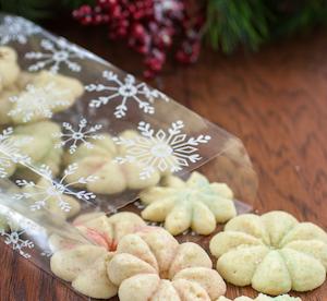 Spritz Paleo Christmas Cookies Recipe   GroovyBeets.com